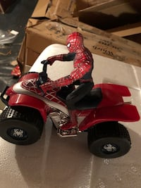 Red and black atv ride-on toy with spider man figure toy ! Parker, 80138