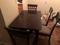 Kitchen table and 4 chairs Edmonton, T5G 2B9