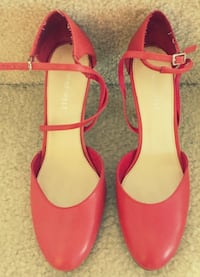 pair of pink leather open toe ankle strap heels Ashburn, 20148