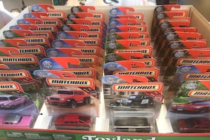Toys 34 assorted Matchbox cars