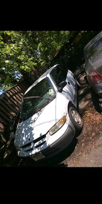 Dodge - Caravan - 1998 Priced Low ONLY 600 Firm Fairview