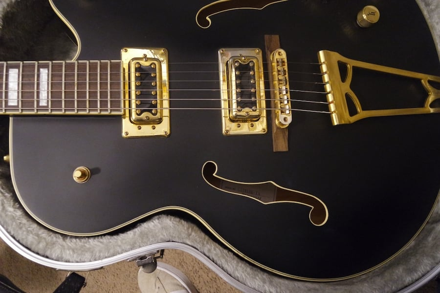GRETSCH TIM ARMSTRONG LMTD EDITION ELECTRIC GUITAR. READ DISCRIPTION a02f50fd-84f5-46a5-be1e-4f119b9181d1