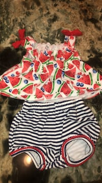 2 piece shirt and short summer outfit.  Peoria, 85381