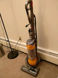 Dyson dc 29 upright vacuum cleaner