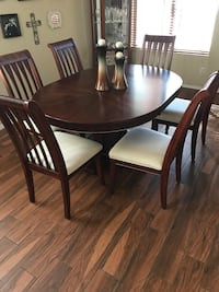 Round brown wooden table with six chairs dining set Phoenix, 85331