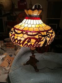 Coca cola. 1950s stain glass lamp Willow Street, 17584