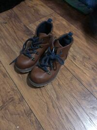 Carters snow boots size 12 Upper Darby