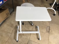White removable manicure table or trolley cart with white metal base 多伦多, M8V 1X8