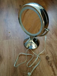 Conair lighted makeup mirror Greenbelt, 20770
