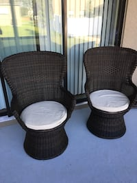Two brown wicker armchairs with ottoman Winter Garden, 34787