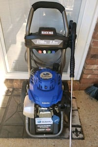 Black Max 2700 psi Pressure Washer