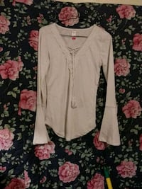 white laced long-sleeved shirt