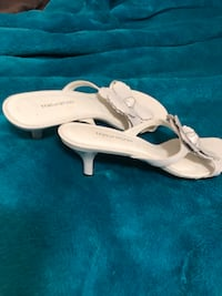 White small heel sandals . Dress up or down size 7 1/2 women's  Englewood, 34224