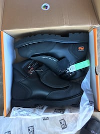 Pair of black timberland pro leather boots with box Harvard, 60033