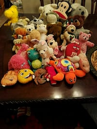 assorted color plush toy lot Catoosa, 74015