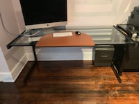 Glass top computer desk in good condition Montclair, 07043