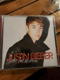 Justin Bieber Under the mistletoe  Naples