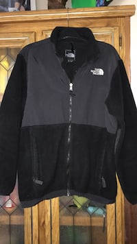 Great Condition North Face jacket size girls XL fits like women's S/M  Kalamazoo, 49007