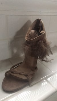 Taupe feather heels  Woodbridge, 22193