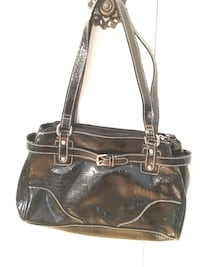 Women's black leather tote bag New York, 11239