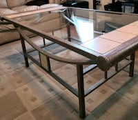 Coffee table with 2 matching end tables  Cambridge, N1P 1H4