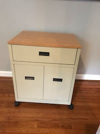 Rolling nightstand or cart