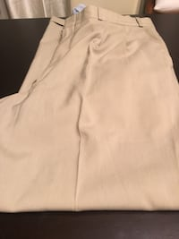 Men's Size 34 Dress Pants Hanover, N4N 2Y5