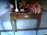 Victorian entry table or desk Omaha, 68022