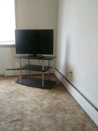 32 inch flat screen Emerson tv /with remote Minneapolis, 55412