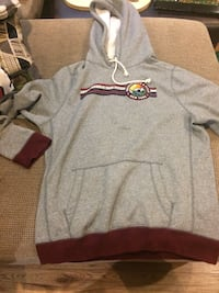 heather gray and brown pull-over hoodie Toronto, M4C 2N3