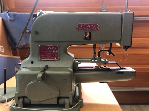 Used Union Special Lewis Model 4040 Industrial Button Sewing Mesmerizing Button Sewing Machine For Sale