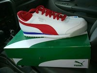Brand New pumas size 8 Kansas City, 64117