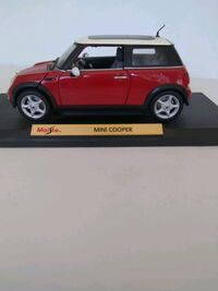 Maisto Mini Cooper Model Car 1998 Red and White 1: