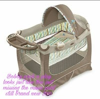baby's gray and beige Bobby Pack 'N Play San Angelo, 76901