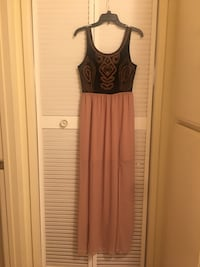 Dress size 6/8 Hoity Toity Brand Los Angeles, 91602
