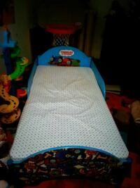 Thomas the train toddler bed with mattress Lachute