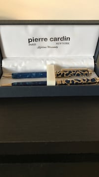 Blue Pierre Cardin pens in box Springfield, 22153