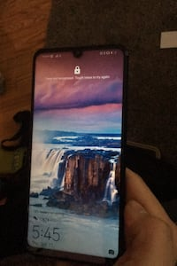 New Huawei phone for sale  Aurora, L4G 1H5