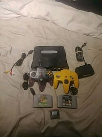 READ DESCRIPTION black N64 with games  Calgary, T2J 2W5