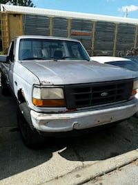 95 Ford f150 four wheel Drive  Louisville