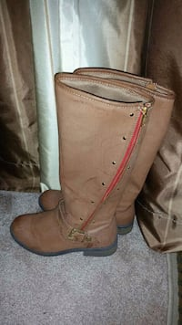 Boots girls size 5