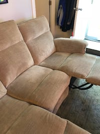 ***New Recliner Couch*** Chicago