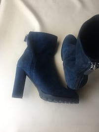 Real suede,navy blue boots from aldo size 8.5 720 km