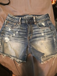 American eagle size 4 shorts  Kirby, 78219