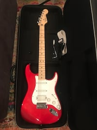 Fender Stratocaster with case. Brand new   Luling, 70070
