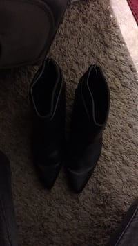 Size 8 boots  Red Deer, T4P 2X6