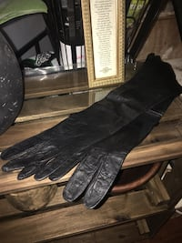 Vintage Black leather women's gloves Woodbridge, 22193