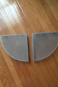 Set of 2 metal corner shelves Herndon, 20171