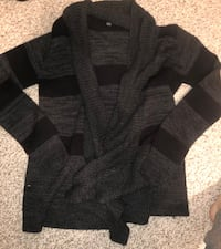 black and gray knit sweater Langley, V2Y 0A4