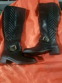 Brand new boots Guelph